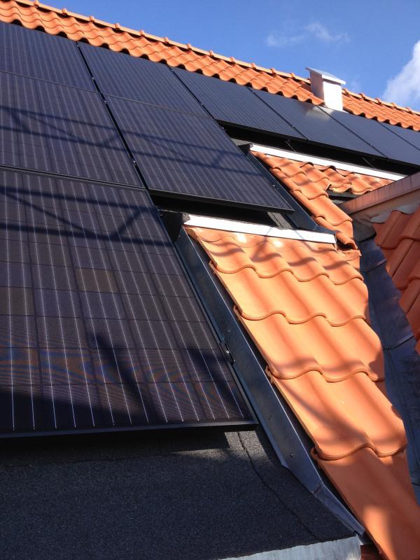 Vennemindevej 1 - 13 solceller